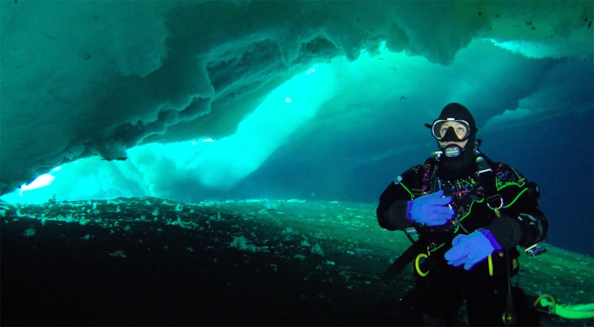 Lily Simonson Scuba Diving