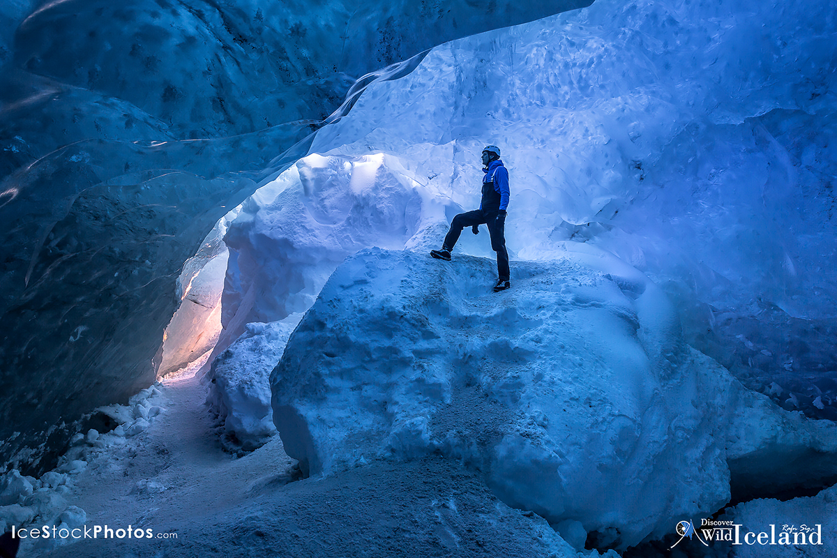 Ice Cave In Vatnajokull Glacier, Iceland | Discover Wild Iceland